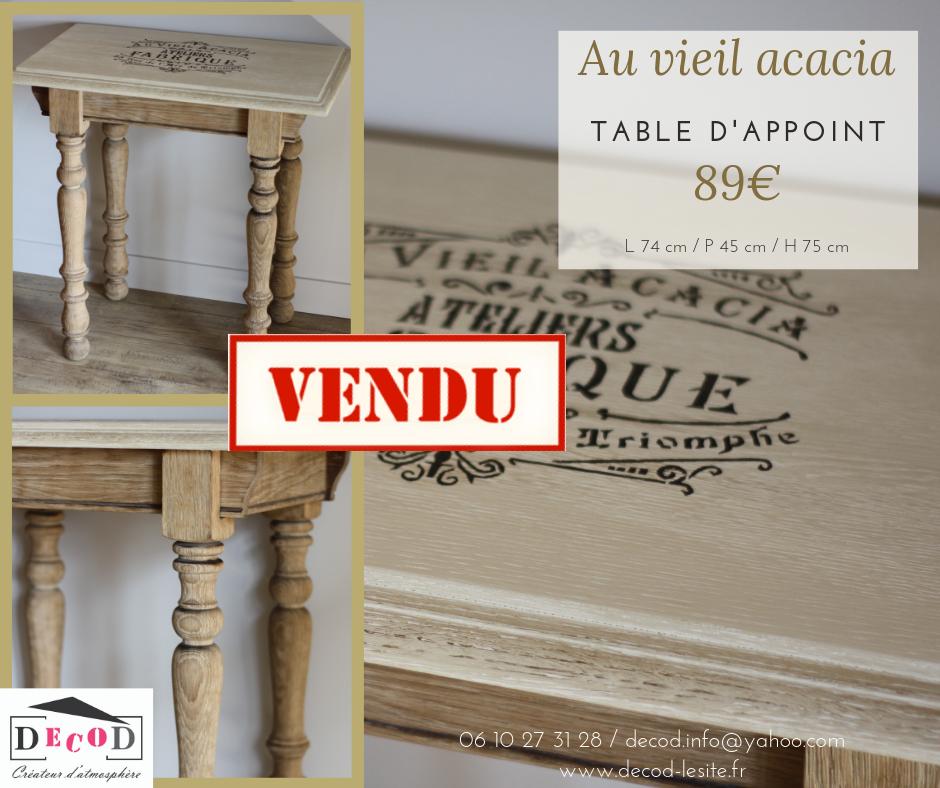 Table Au vieil acacia VENDU